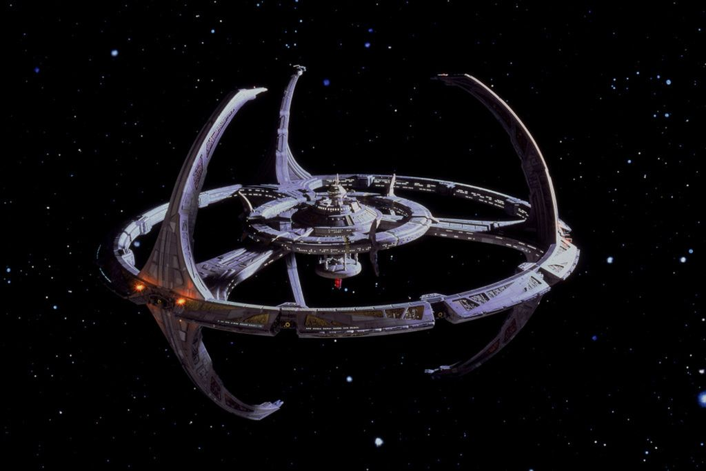 Star Trek: Hluboký vesmír 9 / Star Trek: Deep Space Nine