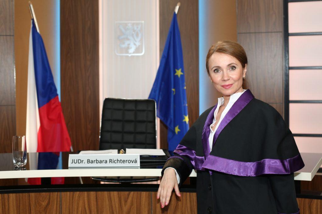 seriál Soudkyně Barbara