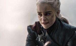 Seriepedie-Hra-o-truny postvy Daenerys Targaryen 03